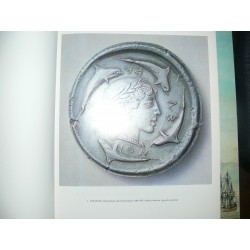 Franke P.,  Hirmer M.- La monnaie grecque. (Greek Coins by Colin Kraay)