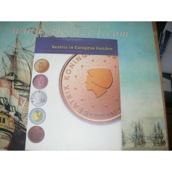 Wal/Scheffers/Schraven/Koek - Beatrix in Europese handen 10 ontwerpen voor de Nederlandse euro.